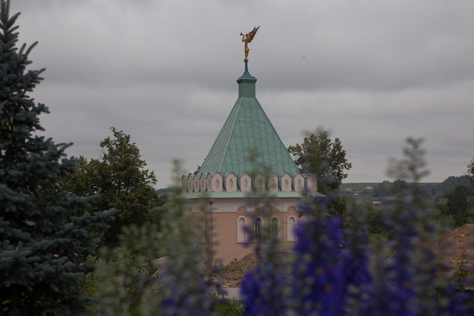 Ангел на крыше....
