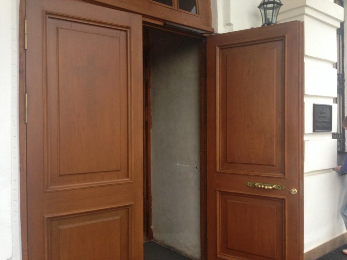 Гостеприимные двери Казанского Храма!