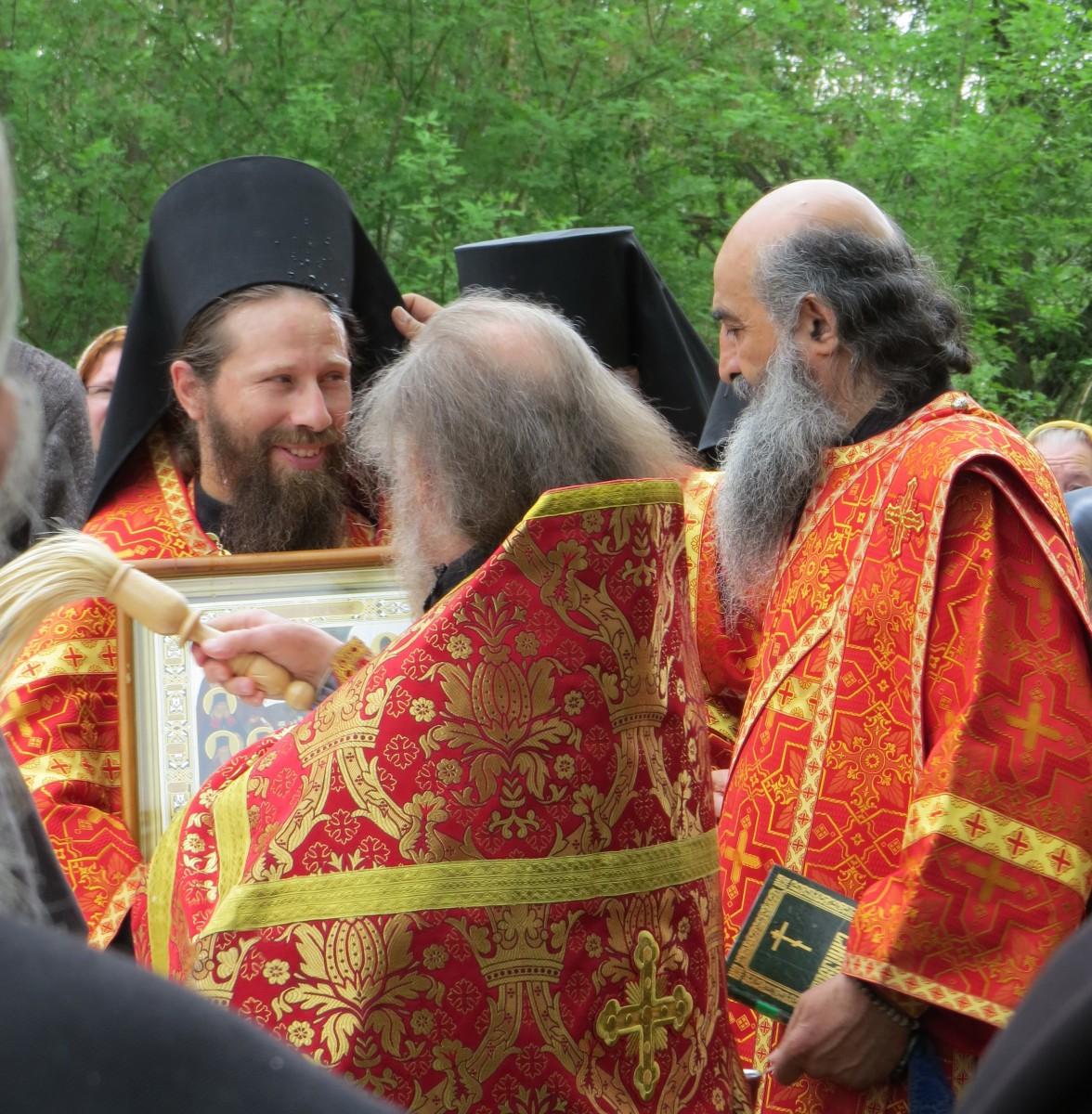 Будущий епископ о.Леонид