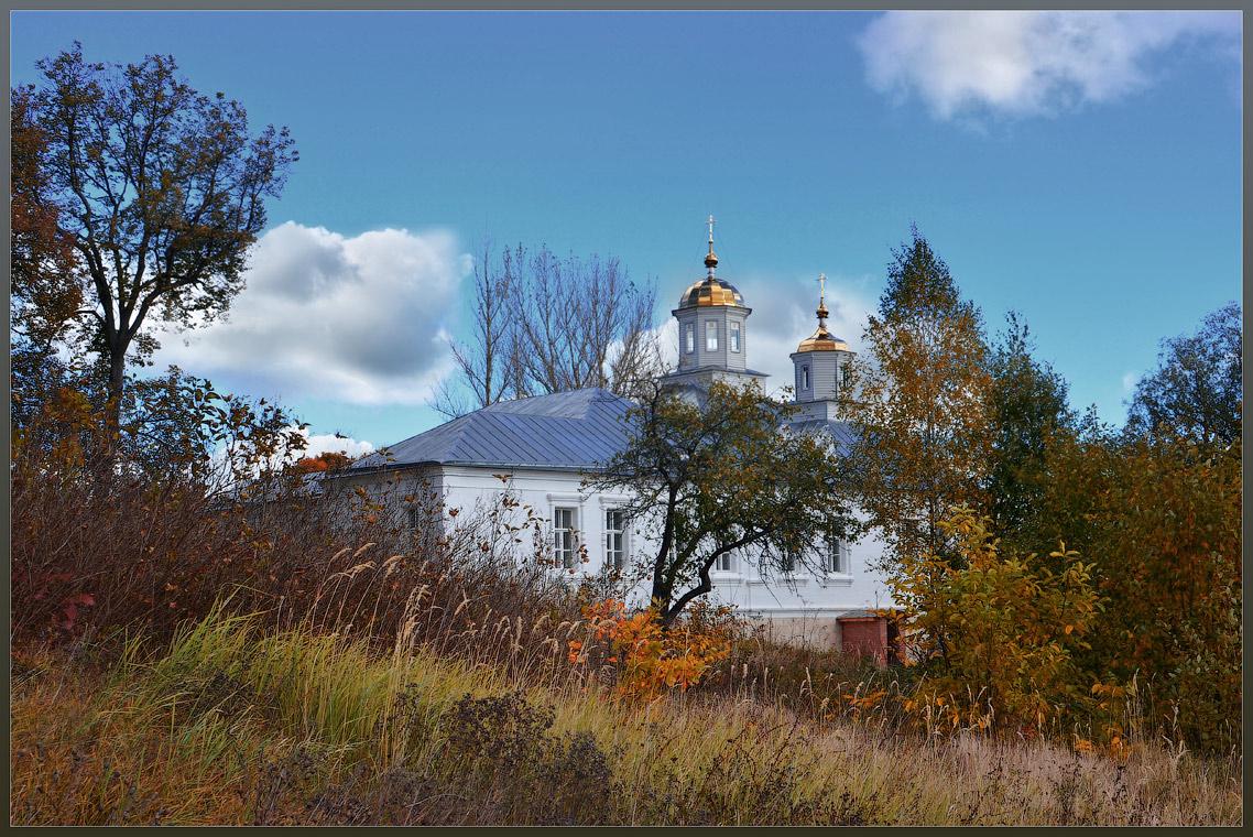 Троицкий храм ( Шамордино 29 сентября 2012 г.)