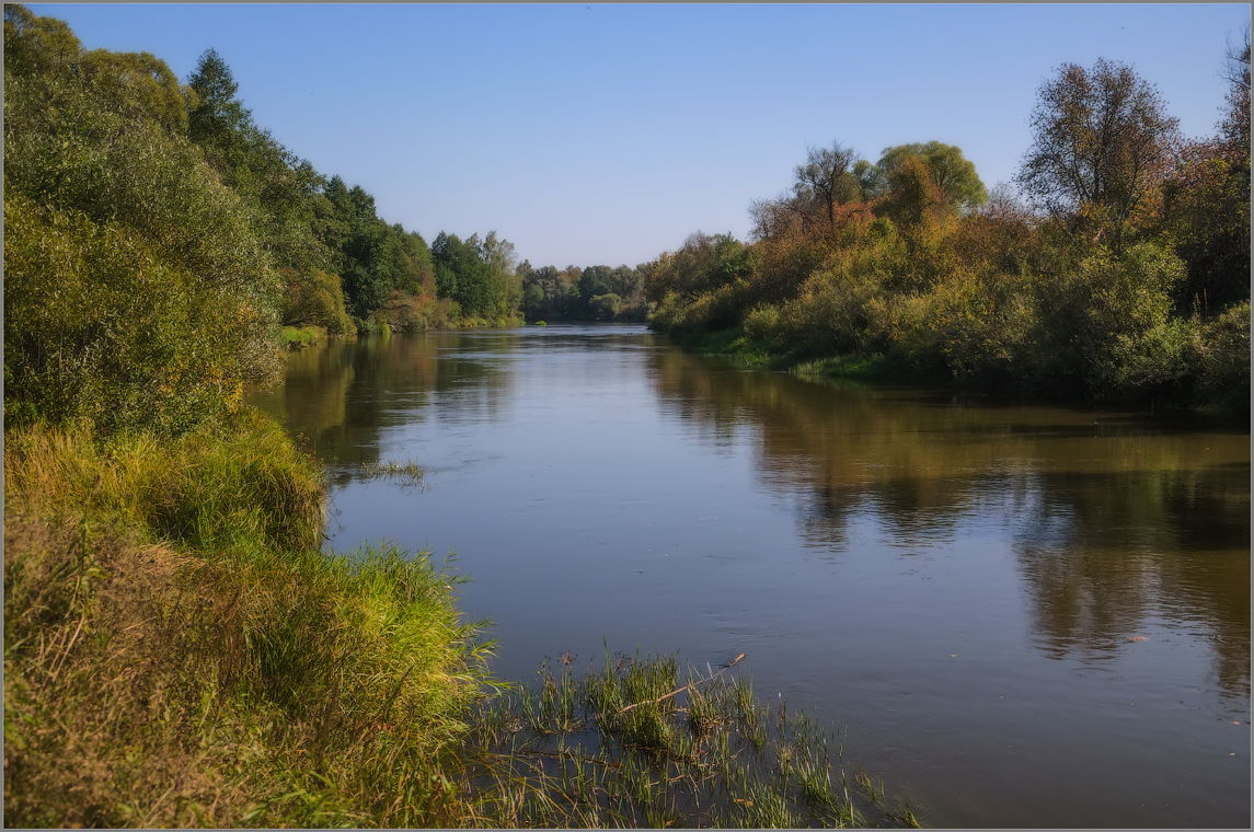 Сентябрьским теплым днем ( Снимок сделан 11 сентября 2014 г.)