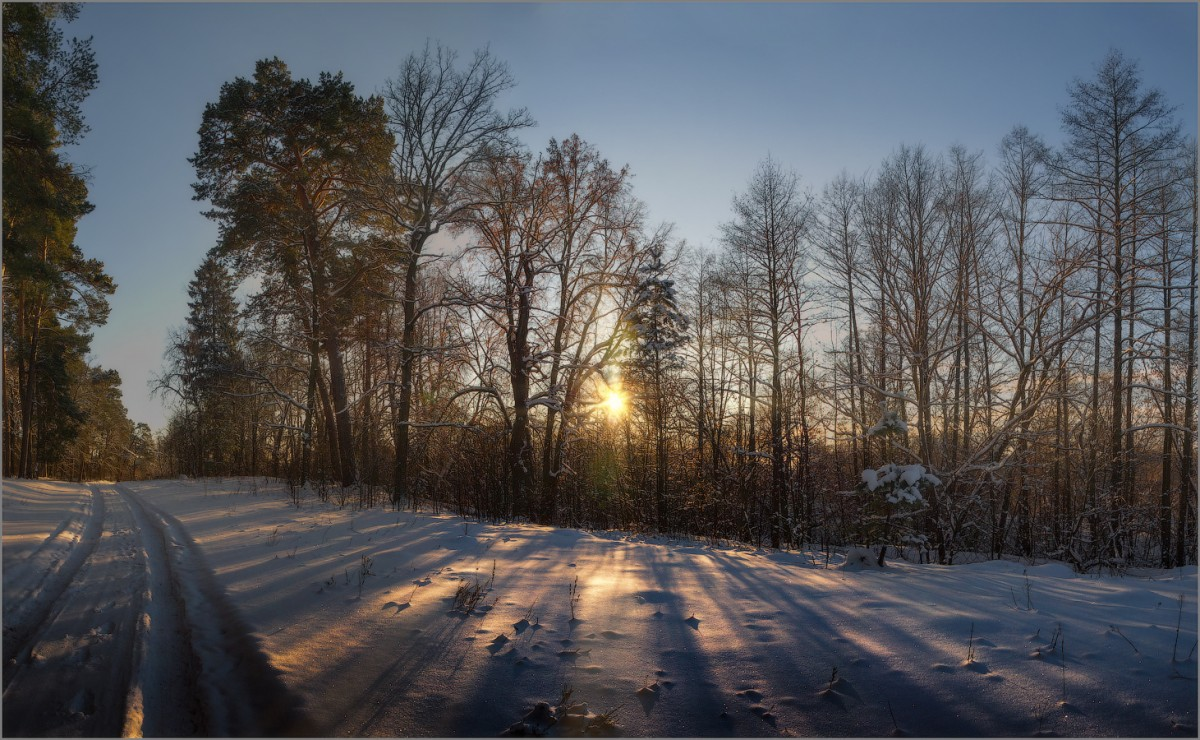 «Рисунок света и тени» (снимок сделан 24 января 2016 г.)