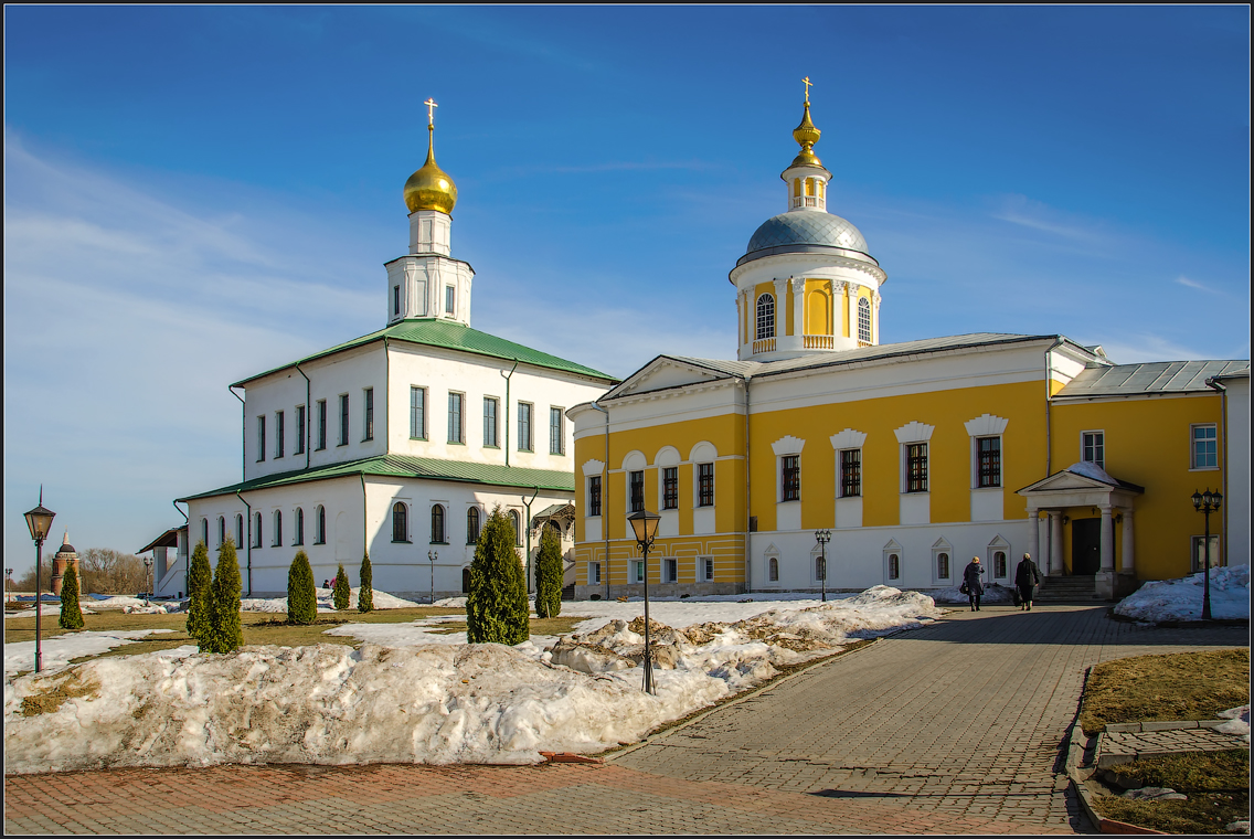 Богоявленский собор и храм преп. Сергия ( 14 апреля 2013 г.)