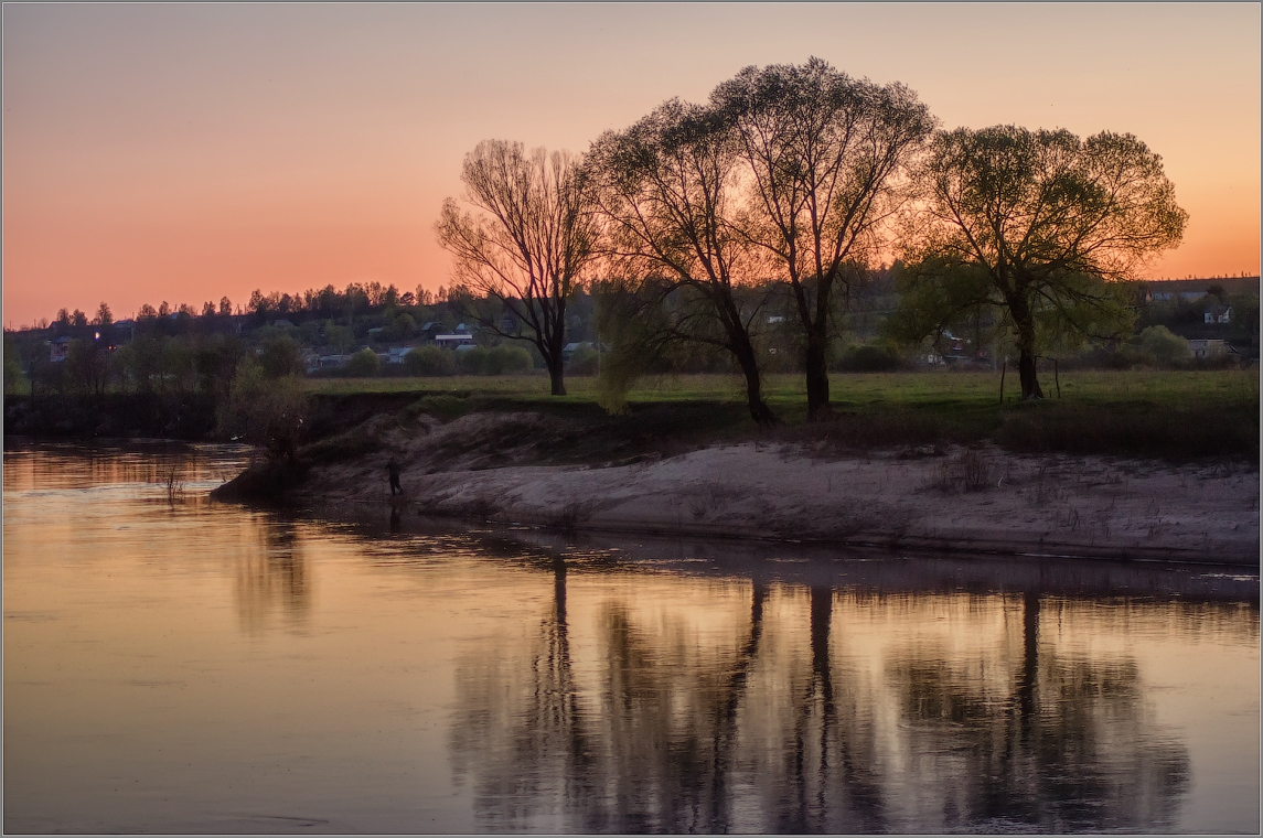 Майский закат ( Снимок сделан 6 мая 2013 г.)