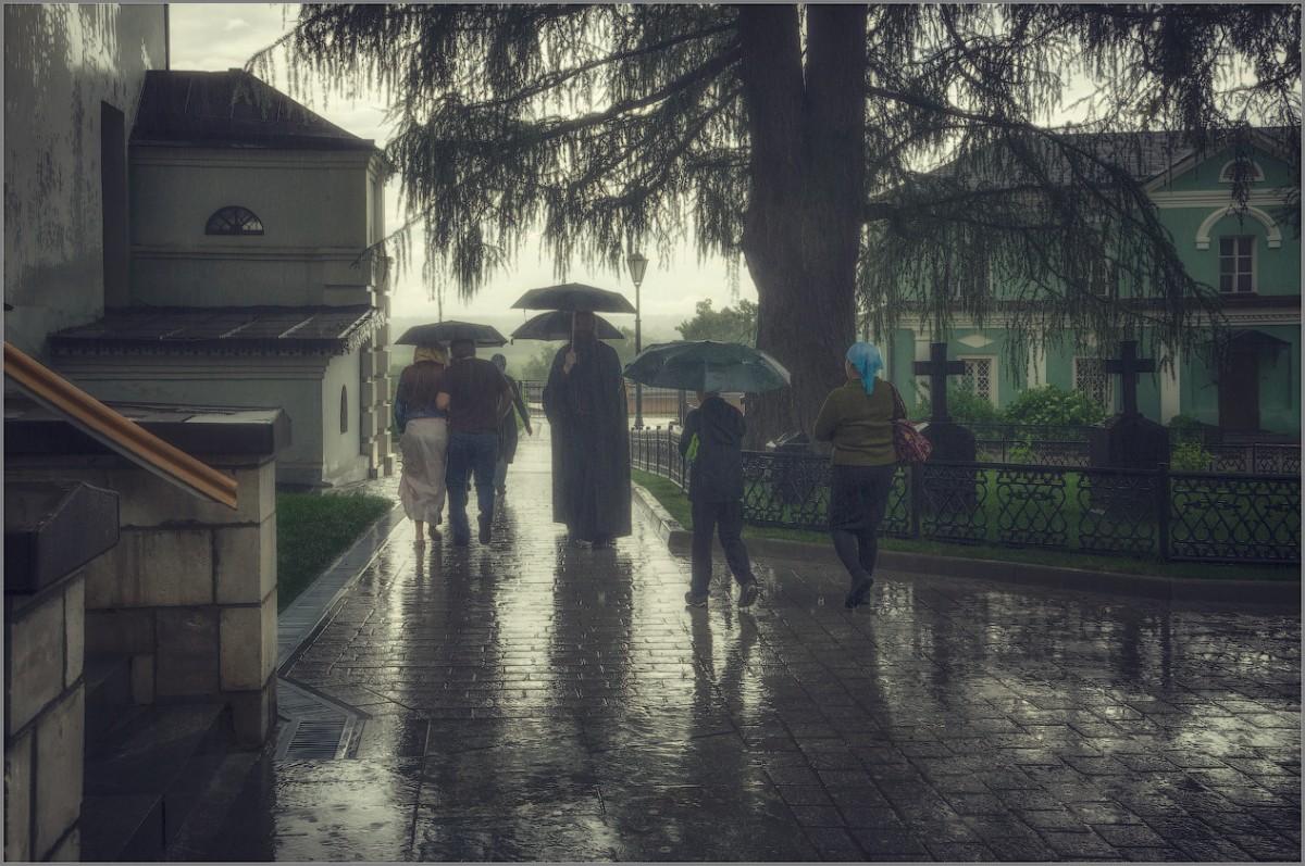 Июньский дождь (снимок сделан 13 июня 2014 г.)