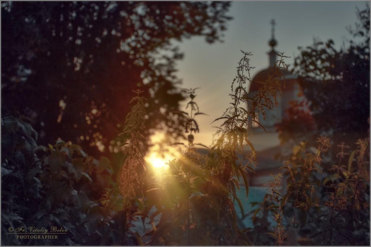 Пронзающий свет (снимок сделан 26 июля 2012 г.)