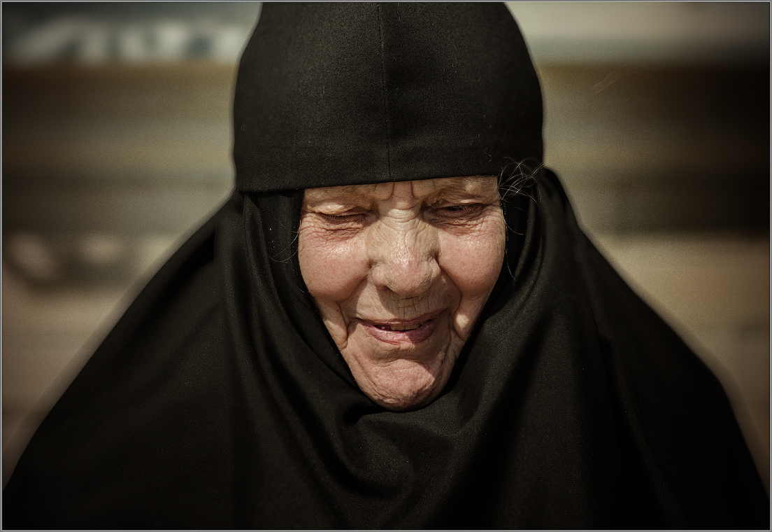 32_Панихида в лицах. Мама мученика инока Трофима ( Снимок сделан 18 апреля 2013 г.)