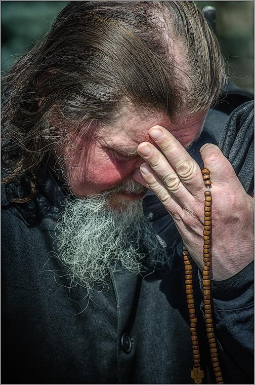 33_Панихида в лицах. Разговор с Богом ( Снимок сделан 18 апреля 2013 г.)