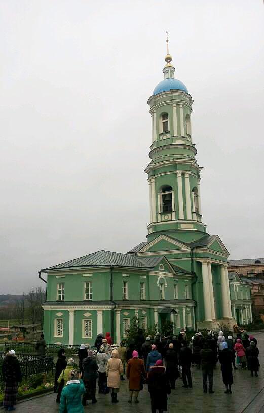 Манящий благовест на праздничную Литургию (04.11.12г.)