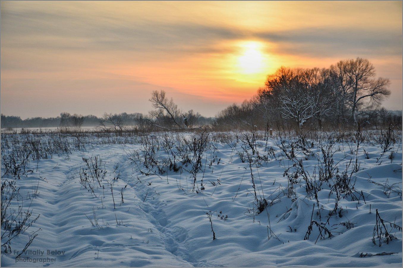 Покой зимнего вечера (снимок сделан 9 декабря 2012 г.)