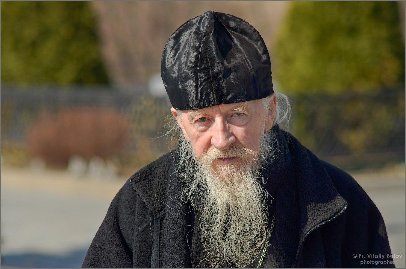 01_Портрет пожилого священника