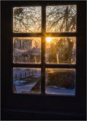 Окно с видом на закат.jpg