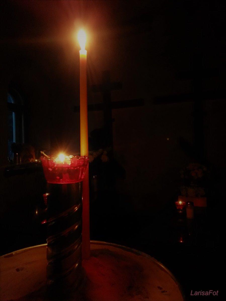 Отцы Василий,Трофим и Ферапонт ,молите Бога о нас
