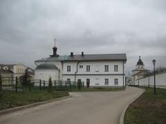 в монастырь)