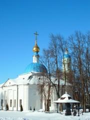 Казанский храм (Белое на белом)