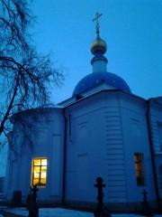 Раннее утро в  Оптиной