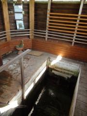 Внутри купальни