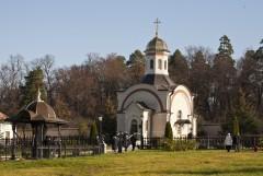 Часовня на месте погребения убиенных оптинских братий: иеромонаха Василия, иноков Трофима и Ферапонта
