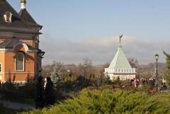 Храм в честь Преображения Господня  и Оптинский ангел