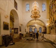 Обновление Введенского храма ( Снимок сделан 16 октября 2013 г.)