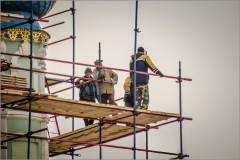 Обновление Введенского храма ( Снимок сделан 24 апреля 2013 г.)