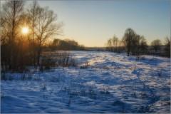 Скользил по снегу теплый свет (снимок сделан 10 февраля 2015 г.)