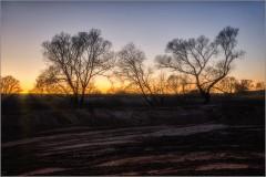 На закате ( Снимок сделан 12 декабря 2013 г.)