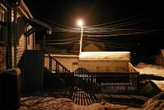 О вечернем фонаре и проводах