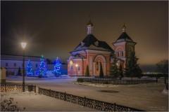 Красота Оптинской ночи (снимок сделан 23 января 2017 г.)