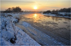 Зимний вечер над рекой ( 9 декабря 2012 г.)
