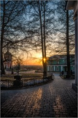 Перекрестия линий февральского заката ( Снимок сделан 27 февраля 2014 г.)