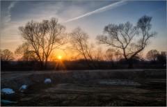 Прощальные лучи февральского солнца ( Снимок сделан 28 февраля 2014 г.)