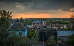 Вечерняя непогда над поселком ( Снимок сделан 16 мая 2012 г.)