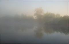 В предрассветной дымке тумана ( Снимок сделан 21 мая 2014 г.)