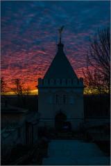 Зарево воскресного вечера ( Снимок сделан 9 марта 2014 г.)