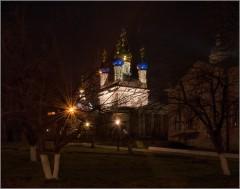 Пасхальная ночь ( Снимок сделан 20 апреля 2014 г.)