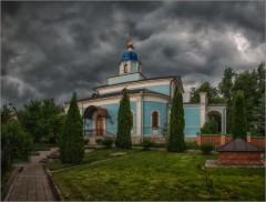 Тревожное небо ( Снимок сделан 28 мая 2014 г.)