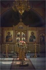 Интерьер Преображенского храма (снимок сделан 19 февраля 2013 г.)