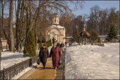 По Оптинским дорожкам (снимок сделан 23 февраля 2013 г.)